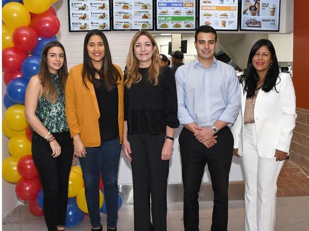 Burger King celebra apertura de restaurante en el 4to Nivel Ágora Mall