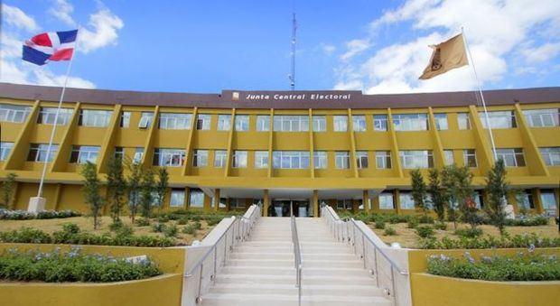 JCE convoca procedimiento para imprimir boletas que se usarán en municipales