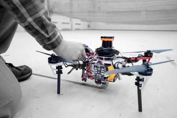 Drones para ayudar a rescatar excursionistas perdidos