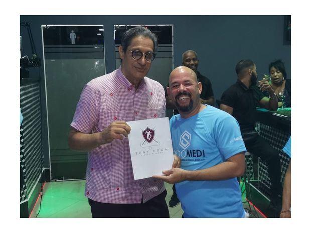 Tony Boga y Carlos Brito.