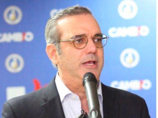 El candidato presidencial del Partido Revolucionario Moderno, PRM y fuerzas aliadas, Luis Abinader.