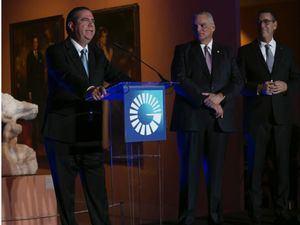 El ministro de Turismo, Francisco Javier García agradeció el respaldo institucional que el Banco Popular otorga al sector.