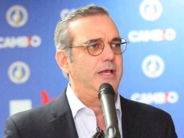 Luis Abinader promete eliminar la presuntamente corrupta burocracia gubernamental