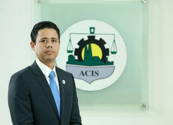 Presidente de la ACIS ve improcedente colocación de valla por el Ayuntamiento Santiago