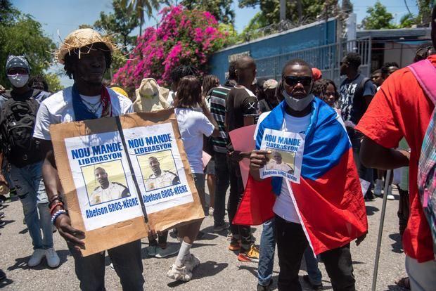 Según el Centro de Análisis e Investigación en Derechos Humanos (CARDH), en abril se registraron al menos 91 casos de secuestro en Haití, frente a los 27 de marzo, lo que supone un aumento de más del 300 %.