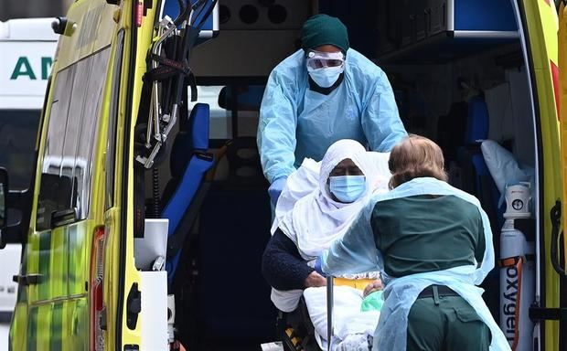 El Reino Unido localiza 77 casos de la cepa sudafricana.