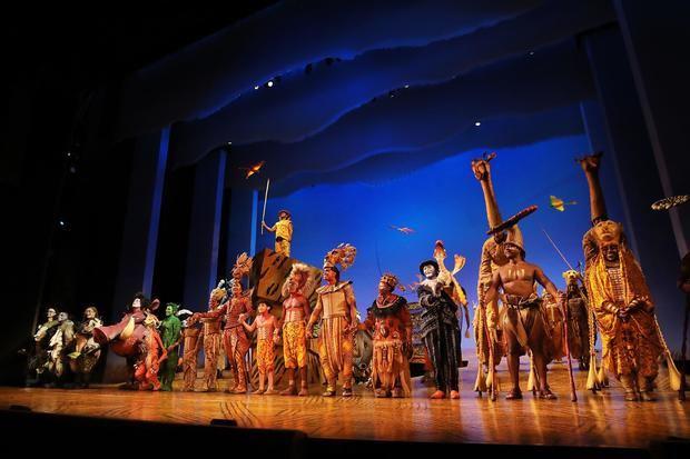 Representación de 'El Rey León' la noche del martes 14 de septiembre de 2021, en el escenario del teatro Minskoff en Nueva York, EE.UU.