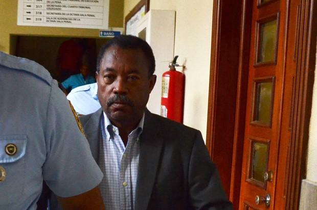 Aplazan juicio contra Peralta quien admitió disparó contra Febrillet