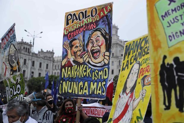 Miles de peruanos marchan en Lima al grito de