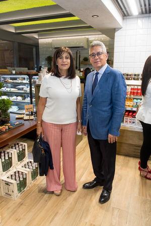Mireya Rizek y Johnny Núñez.