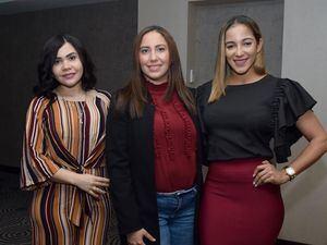 Awilda García, Alba Lagaares y Marjorie Candelier.
