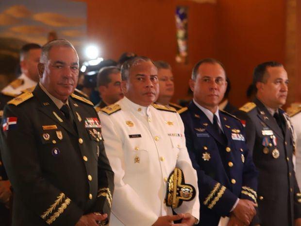 Ministerio de Defensa conmemora Día de las Fuerzas Armadas y aniversario natalicio Mella