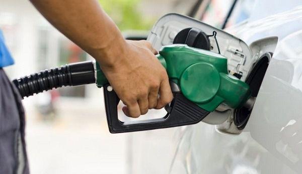 Se mantienen precios de la gasolina.