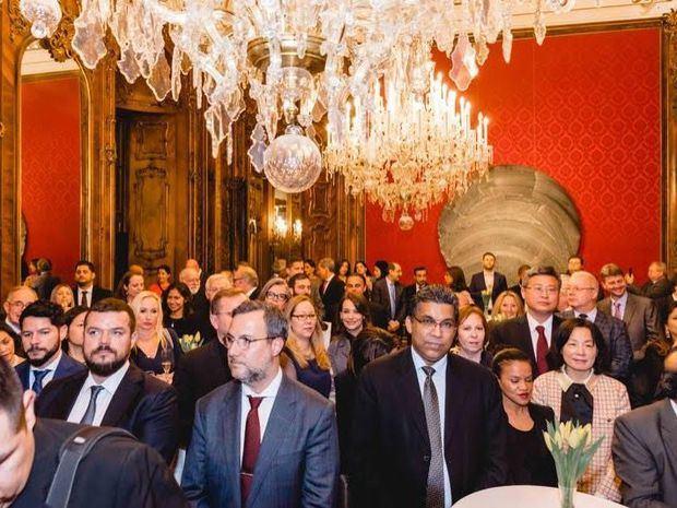Público asistente a la recepción.