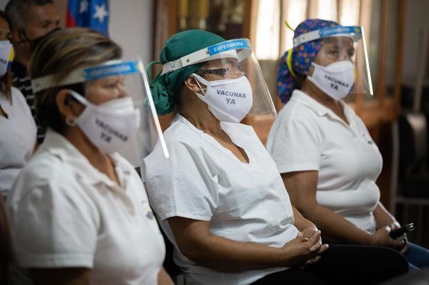 Mueren 14 sanitarios por covid-19 en una semana en Venezuela, según una ONG