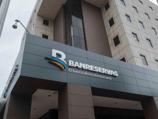 Edifico, oficinas del Banreservas