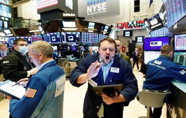 Wall Street cae por falta de acuerdo sobre ley fiscal y el Dow cede un 3 %.