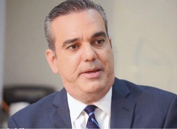Luis Abinader propone dominicanos donen dinero para comprar equipos médicos