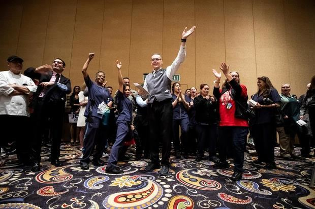 Sanders abre brecha con sus rivales demócratas en carrera hacia la nominación