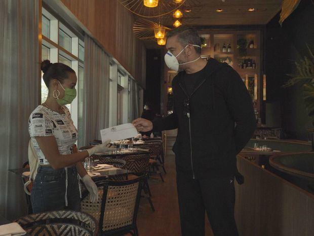 Cerveza Modelo inicia plan para apoyar económicamente a meseros y restaurantes