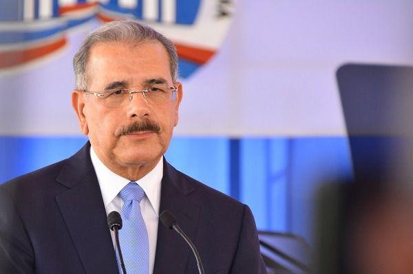 Presidente Medina reitera su pedido a la población de permanecer en sus casas