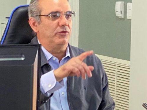 Candidato presidencial del PRM, Luis Abinader, anunció que este fin de semana encabezará jornadas de limpieza en los municipios donde su partido y fuerzas aliadas ganaron alcaldías.