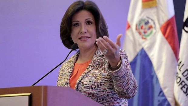 Aseguran que la ley no obliga a Cedeño a renunciar del Gabinete Social