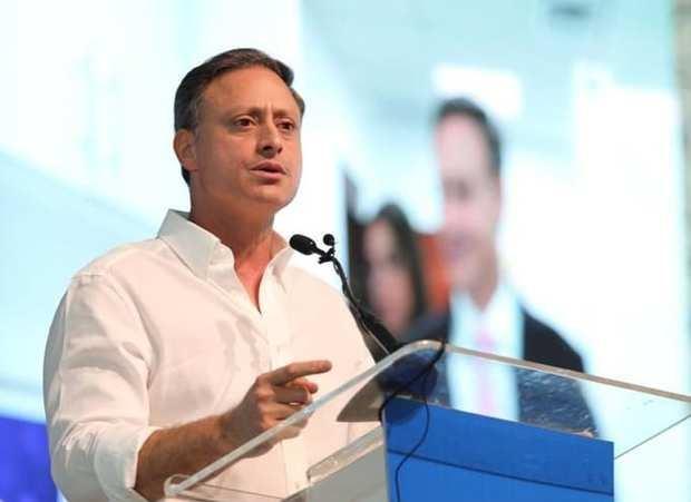 Ex procurador Jean Alain Rodríguez niega que haya intentado salir del país