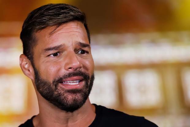Fundación Ricky Martin amplía las ayudas a familias vulnerables ante Covid-19