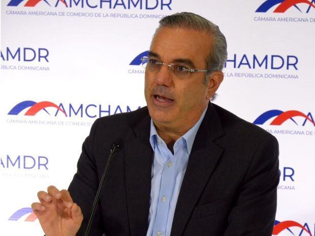 Candidato presidencial por el Partido Revolucionario Moderno, PRM, Luis Abinader.