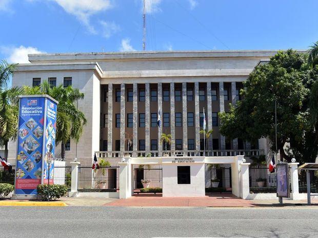 Ministerio de Educación desarrolla medidas preventivas ante Temporada Ciclónica 2020