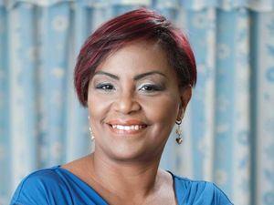 Lourdes A. Pérez es psicóloga clínica y terapeuta familiar con más de 25 años de experiencia en el área.