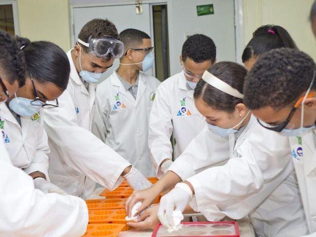 Cuatro proyectos ganan la cuarta edición del Fondo de Innovación de INICIA Educación
