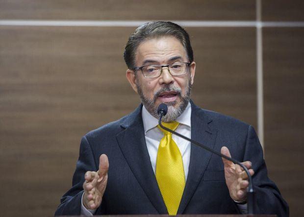 Guillermo Moreno, candidato presidencial por el Partido Alianza País
