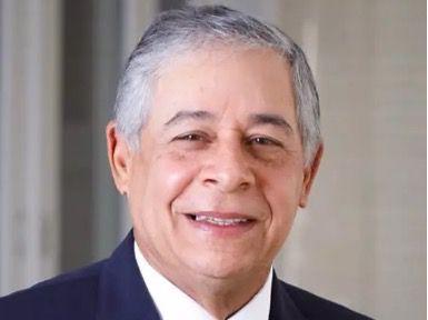El exalcalde del Distrito Nacional Roberto Salcedo se pasa al PRM