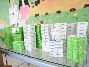 Fármacos donados por Laboratorios LAM al hospital psiquiátrico.