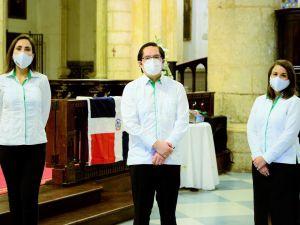 Lorena Guitiérrez, Erick Monico, Gilsé Echavarria.