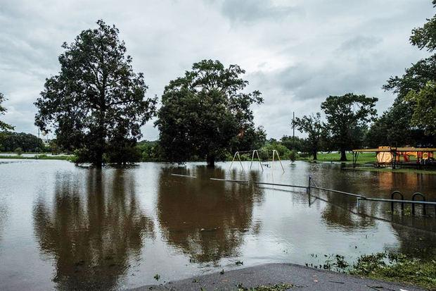 Luisiana y Texas sobreviven al poderoso huracán Laura, que deja cuatro muertos
