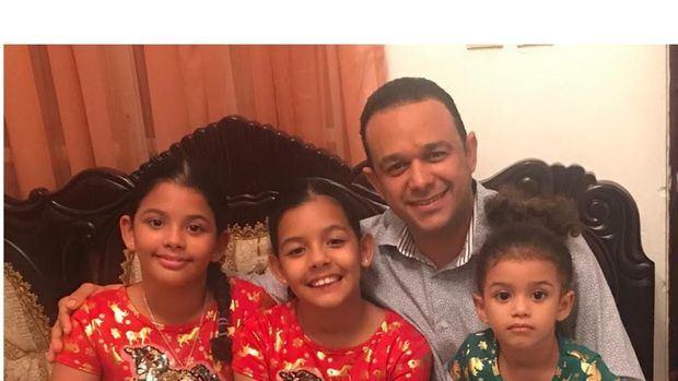 "Doctor Josué González: ""Ser padre obliga a reencauzar prioridades""."