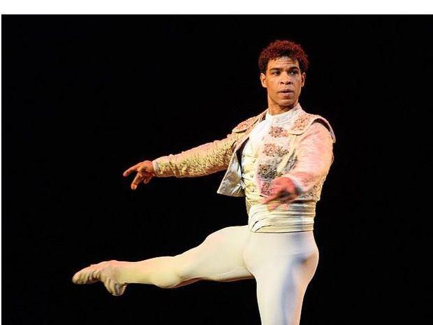Fundación Sinfonía presenta un encuentro virtual con Carlos Acosta, director del Birmingham Royal Ballet