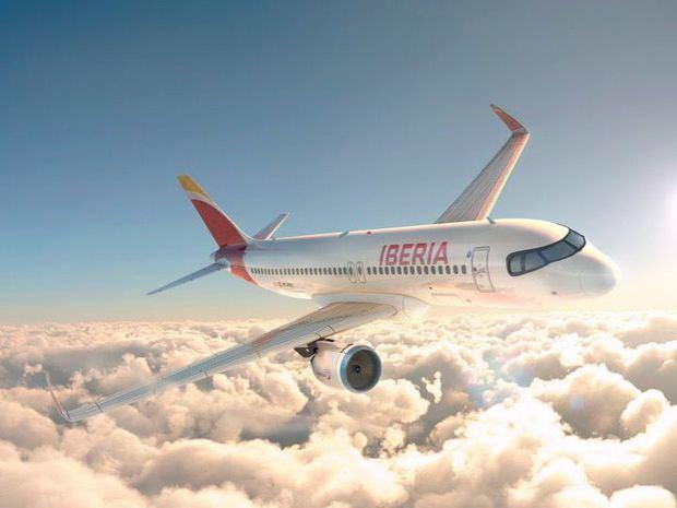 Iberia aplica nuevas soluciones innovadoras y sostenibles en la limpieza e higienización de sus aviones.