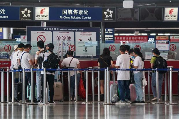 China deja volver a los europeos residentes tras más de cuatro meses.