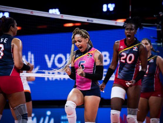 Selección de voleibol femenino de mayores de la República Dominicana.