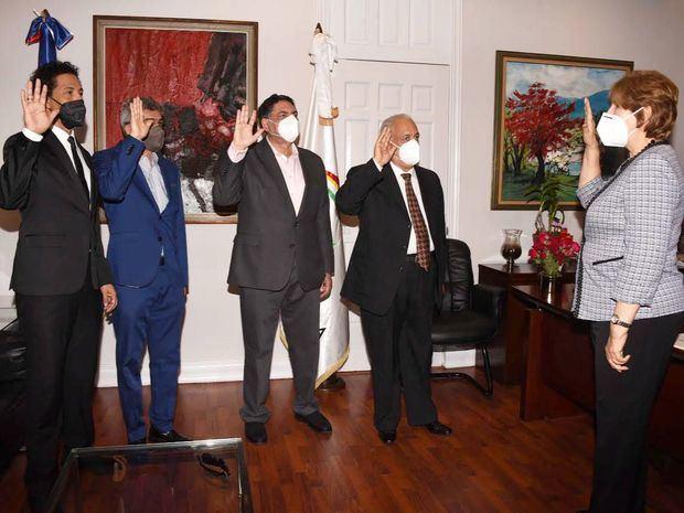Ministra Carmen Heredia juramentó a viceministros de Cultura