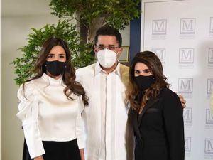 María de Moya, David Collado y Sarah de Moya.