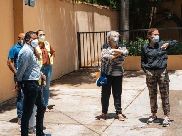 Alcaldesa Carolina Mejía supervisa barrios y puntos vulnerables ante paso de la tormenta Laura