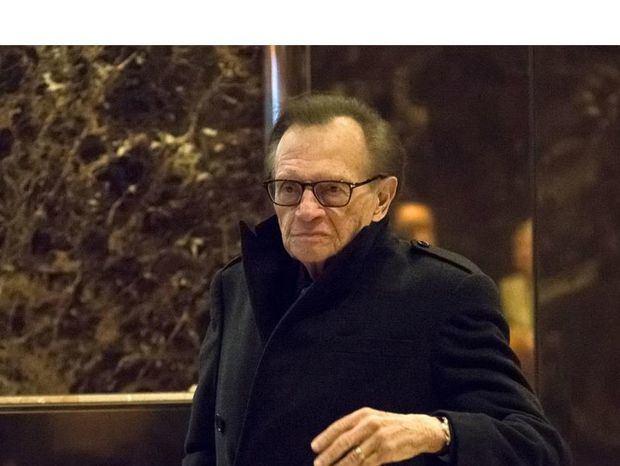 En la imagen el popular presentador de televisión y periodista Larry King.