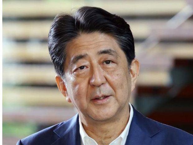 Abe vuelve al hospital tras someterse a un chequeo durante más de 7 horas