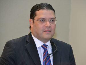 Director general de Aduanas, Eduardo Sanz Lovatón.