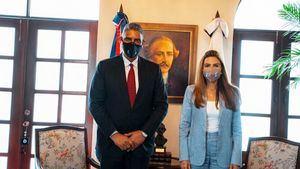 La alcaldesa del Distrito Nacional Carolina Mejía recibió en su despacho del Palacio Consistorial al Ministro de Interior y Policía Jesús (Chu) Vásquez.